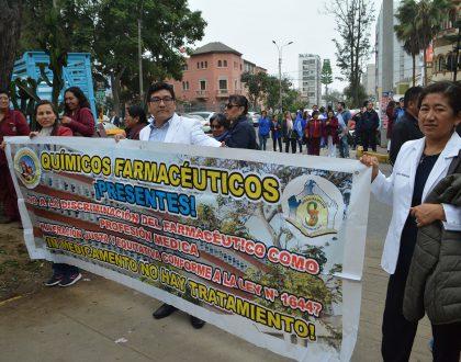 Sindicatos realizaron plantón frente al Ministerio de Salud exigiendo se cumpla pliego de compromisos